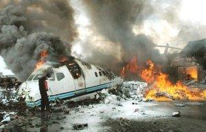 Cramers afirmó que la compañía aérea aún intenta contar el número de víctimas (fatales) y heridos, pero hasta ahora no se ha encontrado muerta a ninguna de las 79 personas en la lista oficial de pasajeros y tripulantes.