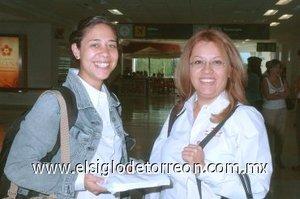 06052008 Arribaron de la capital del país, Miriam Torales y Marilú Farfán.