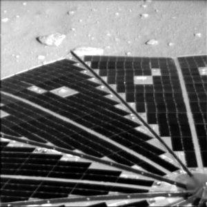 Las muestras que recabe Phoenix, que funciona mediante energía proporcionada por sus paneles solares, serán analizadas por un laboratorio en la cubierta de la sonda.