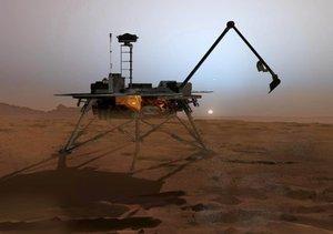 La sonda Phoenix, tras posarse con éxito en una zona del polo norte de Marte, ha comenzado a enviar las primeras imágenes de la superficie del planeta rojo que han sido calificadas por el equipo de la NASA de absolutamente hermosas.