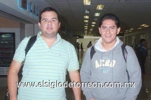 30052008 Andrés Mireles y Eduardo Bravo llegaron de Guadalajara, Jal.
