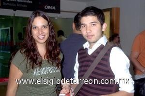 31052008 Vanessa Serralde y Jorge Vargas llegaron de la Ciudad de México
