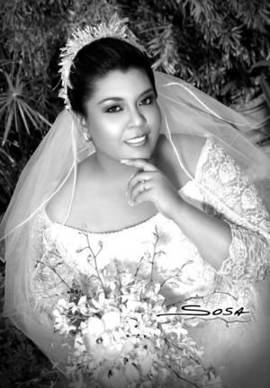 Srita. Brenda Cecilia Gutiérrez Macías unió su vida en sagrado matrimonio a la del Sr. Luis Raúl Maldonado Enríquez. <p> <i>Studio Sosa</i>