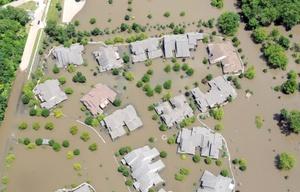 Las inundaciones han arruinado miles de hectáreas de cultivo en Iowa, Illinois y Missouri, y han contribuido al aumento de los precios de cosechas como el maíz.