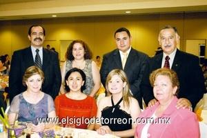 María Luisa Madero y José Luis Villarreal, Leticia Contreras y Silvia Reyes, Carmen Villa de Contreras y Guillermo Contreras, Rosalinda Gil y Mario Alberto Briseño.