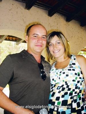 Federico Villarreal y Valeria Russek
