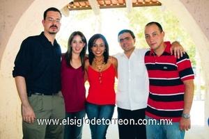 Arturo Gallegos, Gilda Herrera, Marcela Almaguer, Luis Flores y Ramón Arzoz.