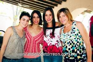Jessica Yacaman, Lorena Santibáñez, Adriana Díaz de León y Valeria Russek.