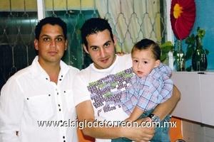 Mario Murguía, Carlos Gallegos y Carlitos Gallegos.