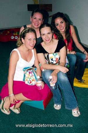 Ángela Navarro, Dora Alicia Flores, Marianna de la Garza y María José Barrondo.