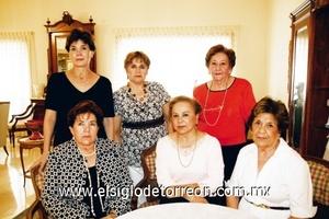 Berta de Berlanga, Laurita de Pámanes, Laurita de Hernández, Griselda de Alonso y Lupita de Rosas.