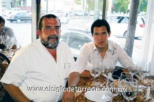 <b>Encuentro social</b><p> Edgardo Ayup y Rodolfo Ayup.