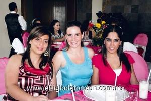 Ivonne Murra, Catherine Plouin y Ana Isabel Velasco.