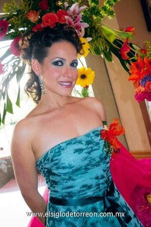 <b>Próxima en el altar</b><p> Gabriela Valdés Lugo.
