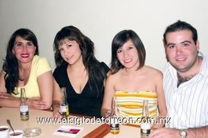 Pilar Morales, Bárbara Rendón, Chiara Carreón y Oscar García.