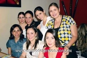 Claudia Ávila, Valeria Castro, Mercedes Orozco, Ale González, Esther Domínguez, Adriana Cruz e Ileana Sáenz.