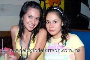 01082008 Sara Gómez y Polet Alvarado