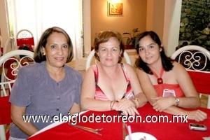 02082008 Luz María, Adriana y Adriana de Chávez