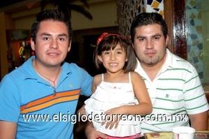 03082008 Juan Manuel, Melanie Fernanda y Hugo Rodríguez.