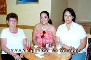 03082008 María del Socorro Mireles, María Roberta Hernández y Rebeca Gallardo