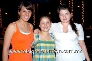 03082008 Marisol Aguirre, Daniela Liu y Caro Aguirre