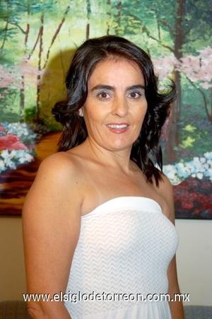 03082008 Mónica Diez Bracho, festejó su cumpleaños