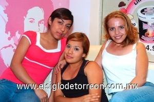 04082008 Karen Gutiérrez, Cecilia Flores y Marleth Domínguez.