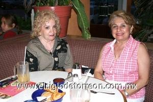 07082008 Angélica de Recio y Elvira Reyes Iza