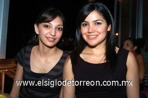 08082008 Rosa María García y Ana Tere Escajeda