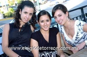 08082008 Daniela Gaytán, Paola Herrera y Lily Villa