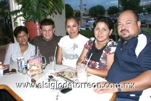 09082008 Tere González, Jaime Gutiérrez, Lourdes Moreno, Brenda Alcalá y Ricardo Rodríguez