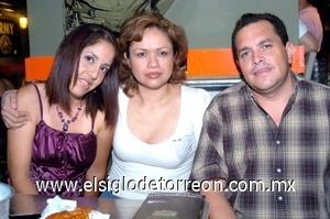 09082008 Teresita Piña, Bertha Ríos y Jorge Cajero.