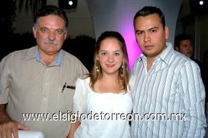 10082008 Arturo Cuéllar, Magda y Francisco Aguirre.