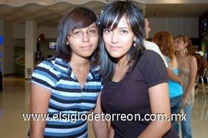 10082008 Miriam Argelia Yáñez Medina y Gloria Estefanía Morales Crispín