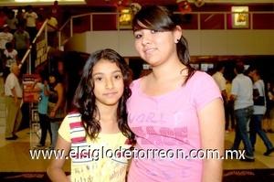 10082008 Pamela y Lorena Vega Díaz.