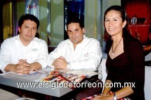 10082008 René Rimada, Guillermo Flores y Sara Orea