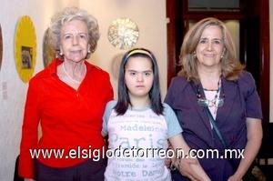 10082008 Rosa Gámez Reyes Retana, Marisol Aguiñaga y Magdalena Madero.