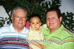 10082008 Sergio Zorrilla Zárate, Antonio Zorrilla Zorrilla y Antonio Zorrilla Ruvalcaba forman tres generaciones