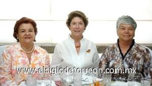 10082008 Toña de Fernández, Álida de Colliere y Carmen Iruzubieta.