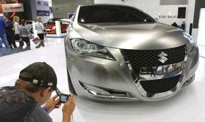 En el Salón del Automóvil de Moscú se presentan las últimas novedades europeas y mundiales.