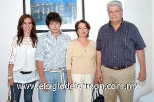 15082008 Ana Cristina y Ricardo Gaytán, Ana María de Gaytán y Luis Gaytán Moreno