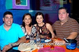 16082008 Nacho, Mayra, Laura y Ramón.