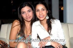 16082008 Rocío Herrera Carreón y Rosalinda Álvarez Treviño