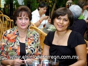 17082008 Blanca Mora de Fernández y Dora Elia Cadena de Obregón