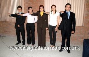 17082008 Guillermo González, María Teresa Vidaña, Anabel Aguilera Ávila, Isela Cano González y Fernando Medel González son la nueva mesa directiva del grupo IMEF ULSA
