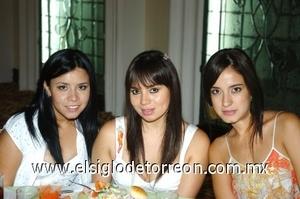 17082008 Monse Guijarro, Leticia Ibarra y Daniela Magaña.