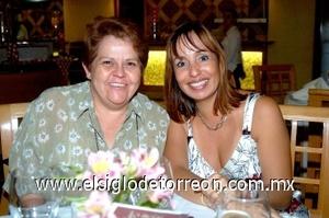 17082008 Raquel de Araujo y Araceli de Betancourt.