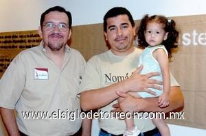 17082008 Jaime Sifuentes, Víctor y Hania Rivas