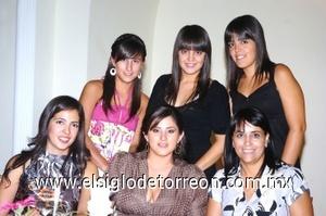 21082008 Ale Cabral, Ale Valles, Ana Tere Silva, Ana Tere y Mariana Ramírez, y Ale Ruiz.