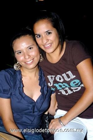 21082008 Edith Yolanda Martínez y Samantha Favela.